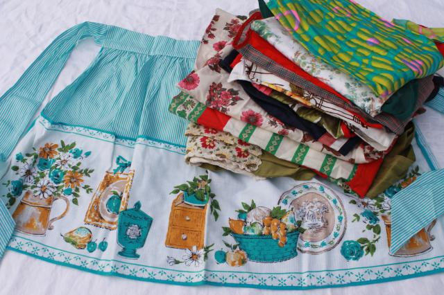Vintage Apron Lot Kitchen Aprons Amp Holiday Aprons All