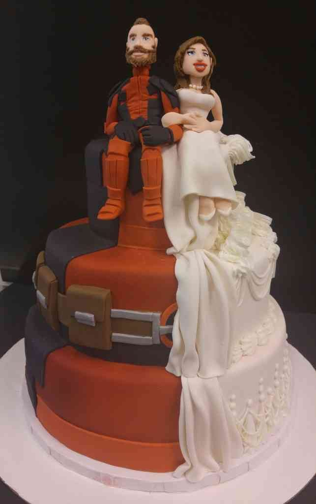 Deadpool Traditional wedding cake   le  Bakery Sensual Posted in Wedding Cakes