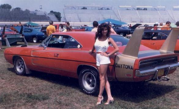 Muscle Car  1969 DODGE DAYTONA and a 1970 Superbird   Information on     indy1984 small jpg  Our 1969 Dodge Daytona