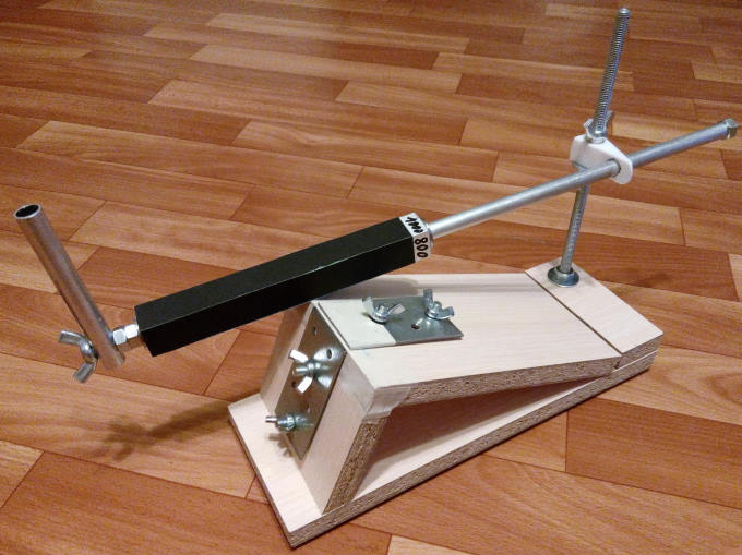 Bıçakları kendi elleriyle bileme makinası