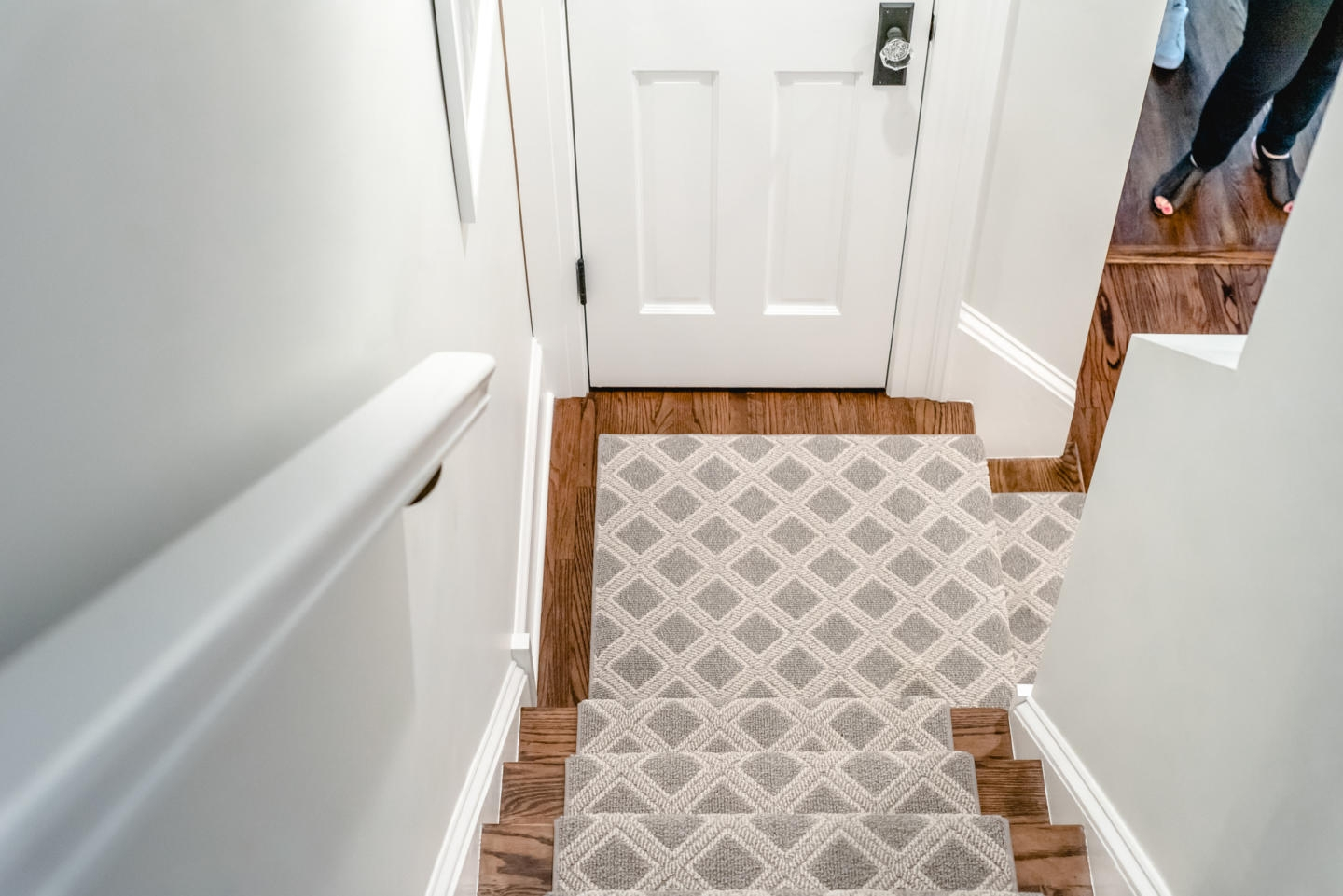 Stair Carpet Gain Inspiration And View Stair Carpet Projects   Modern Carpet Runners For Stairs   Step Sculptured Color   Pinterest   Curved   Light Grey   Victorian