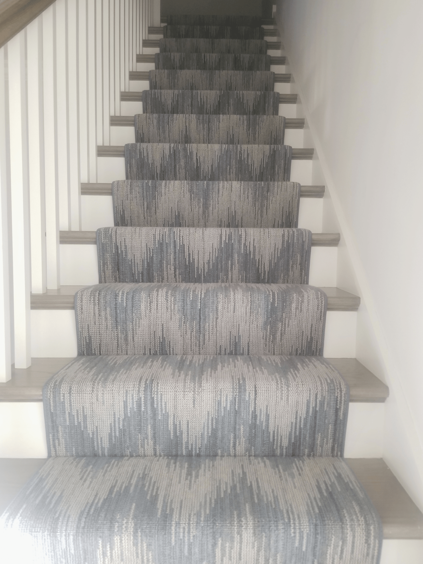 Stair Carpet Gain Inspiration And View Stair Carpet Projects | Printed Carpet For Stairs | High Traffic | Gray | Karastan Patterned | Georgian | Middle Open Concept