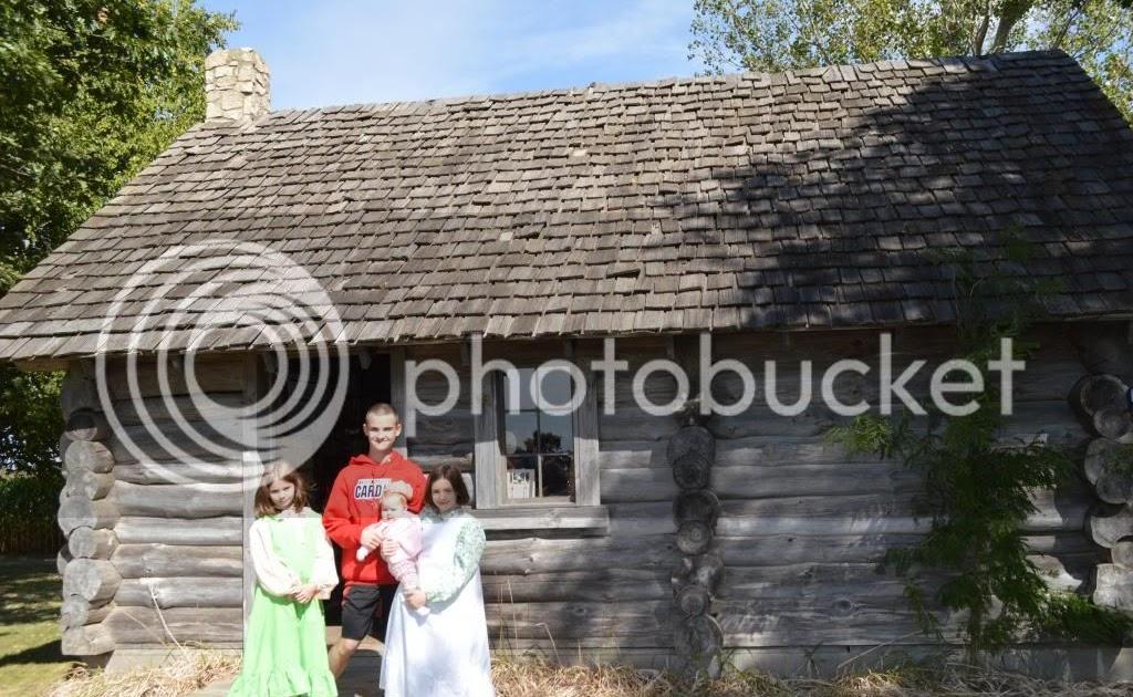 Cabin Caroline Ingalls Charles And
