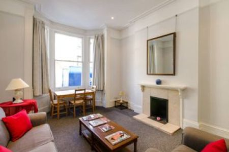Property for Sale in Kings Road  London SW3   Buy Properties in     Thumbnail 1 bed flat for sale in Radnor Walk  Chelsea