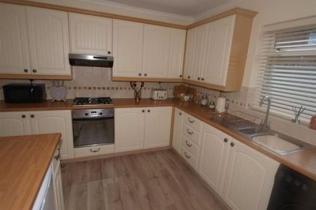 3 bed end terrace house for sale in Fern Drive  Dudley  Cramlington         Kitchen Cont  x27 d of Fern Drive  Dudley  Cramlington NE23  Bedroom