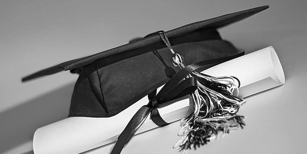 2014 Graduation Caps Air