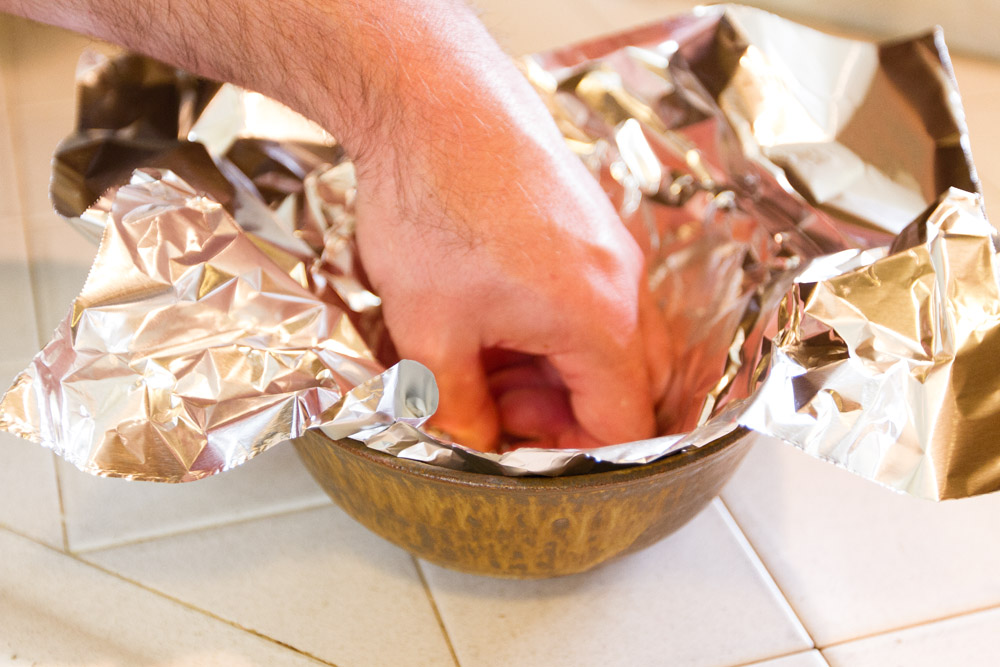 Shrimp and Scallop Boil in Foil Packets | Life Currents https://lifecurrentsblog.com This Shrimp and Scallop Boil in Foil Packets is something we've been playing around with all summer. It makes an easy going dinner party that everyone loves! #seafood #grill #foilPacket beat the heat