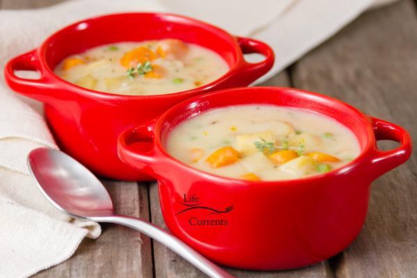 Slow Cooker Vegetarian Pot Pie - a crock pot version of my popular pot pie recipe