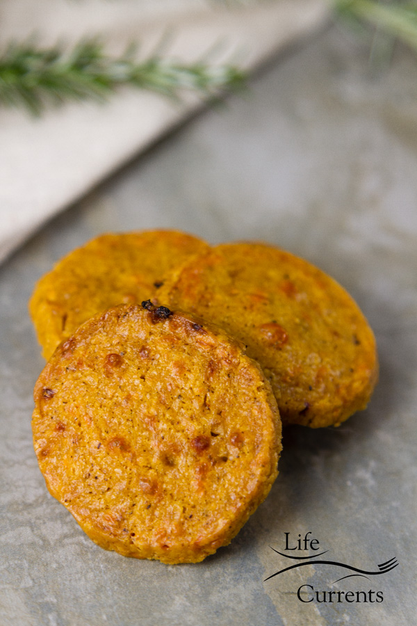 Chile Cumin Cheddar Crackers – Have you ever made your own crackers? It's basically like making savory cookies.