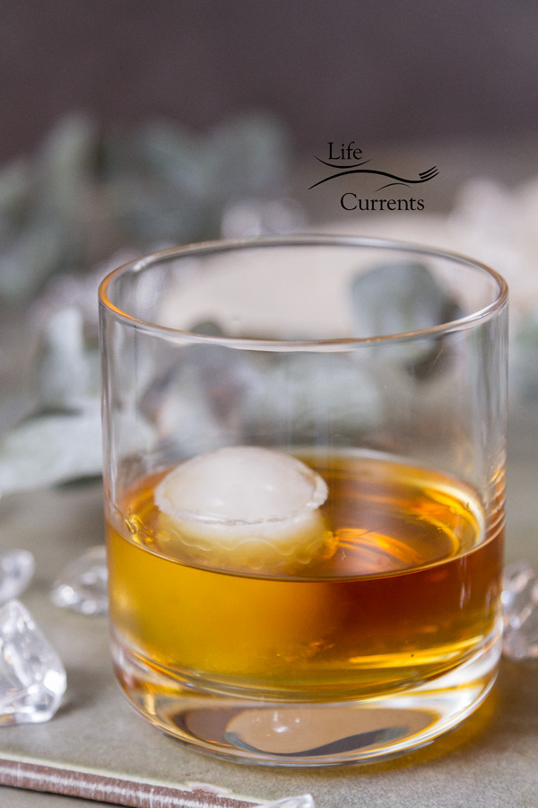 How to host a whiskey tasting party - a great way to gather your friends for a day of fun and learning