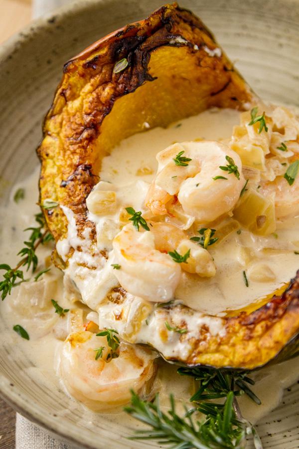 shrimp in cream sauce over fall squash