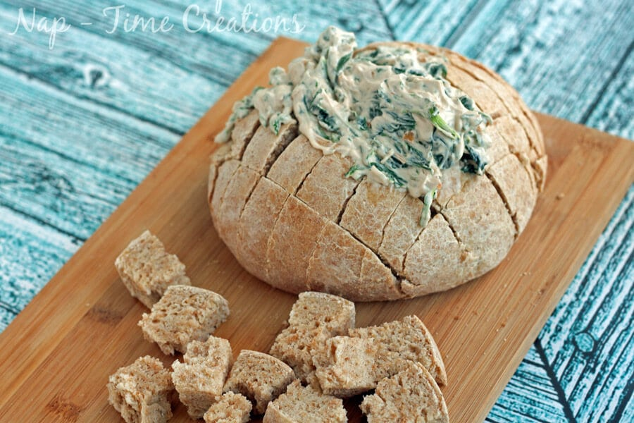 spinach dip in bread bowl6