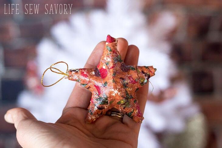 Fabric Christmas Ornaments tutorial