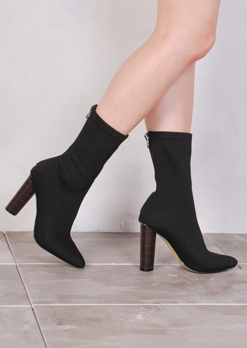 Knee Boot Stretchy Over