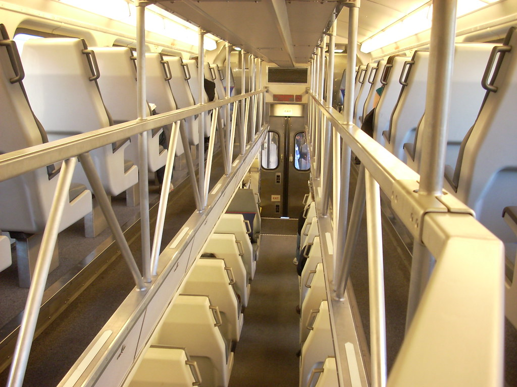 Caltrain Interior The Nippon Sharyo Bilevel Gallery Cars H Flickr