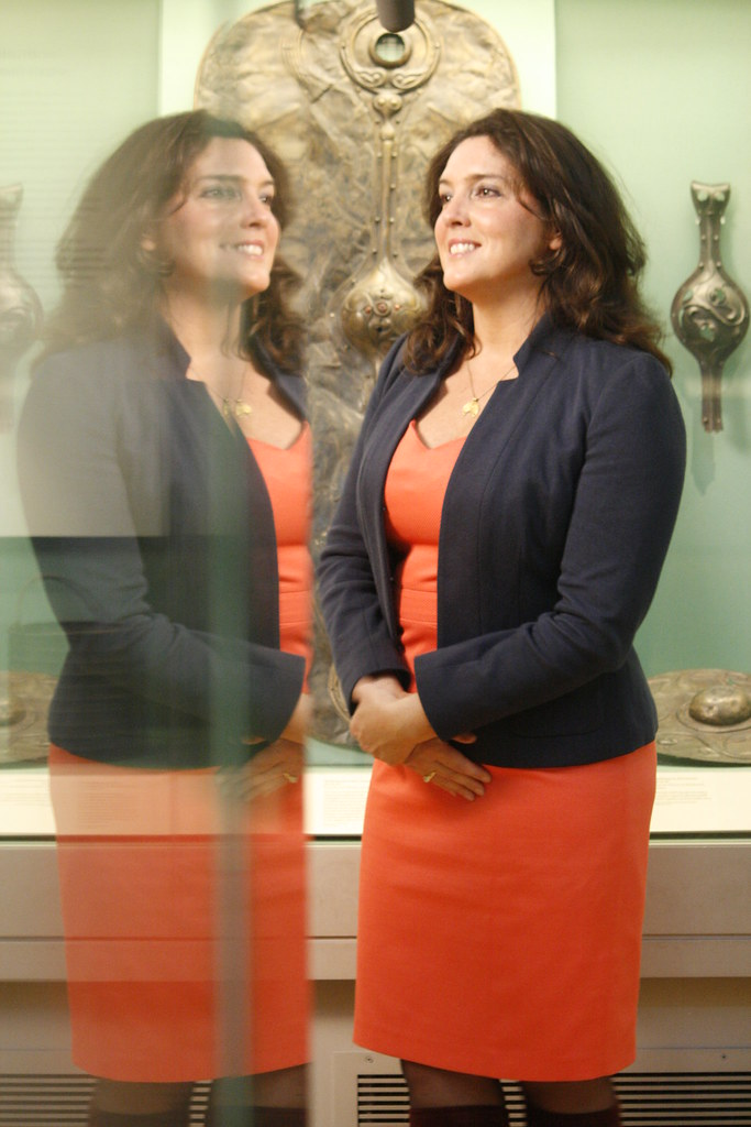Bettany Hughes Getting Ready For A Shot In Front Of The Ba