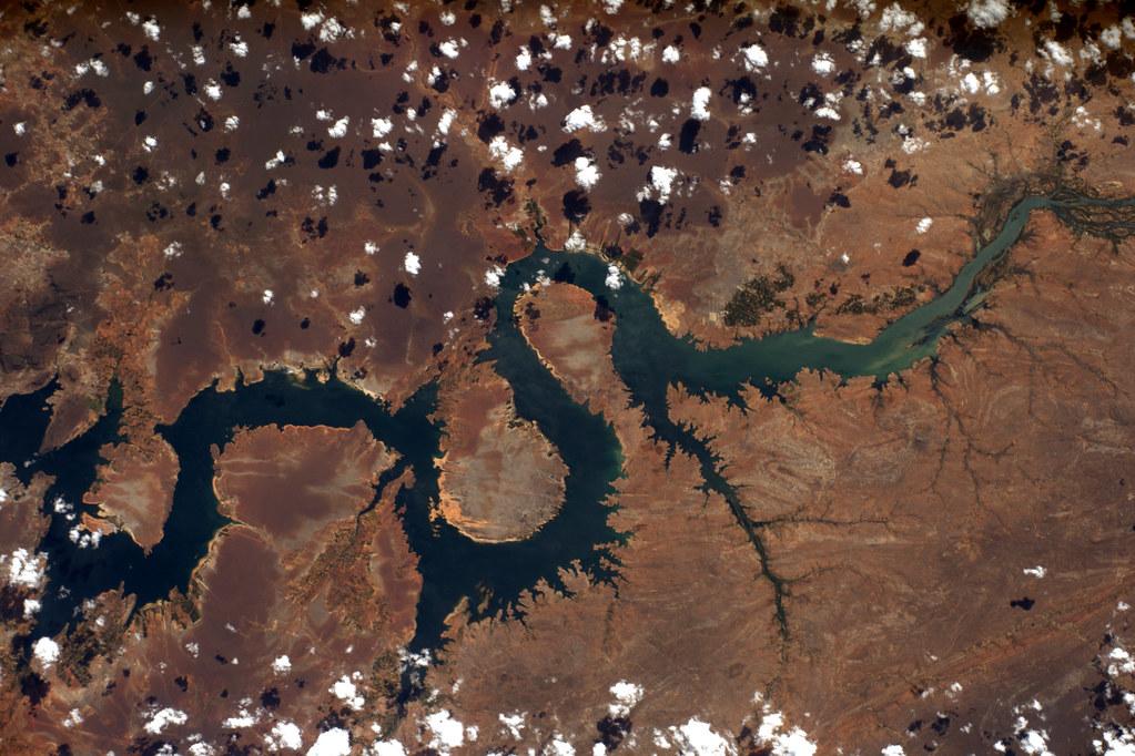 Dragon River A Dragon Shaped River In South America Rio