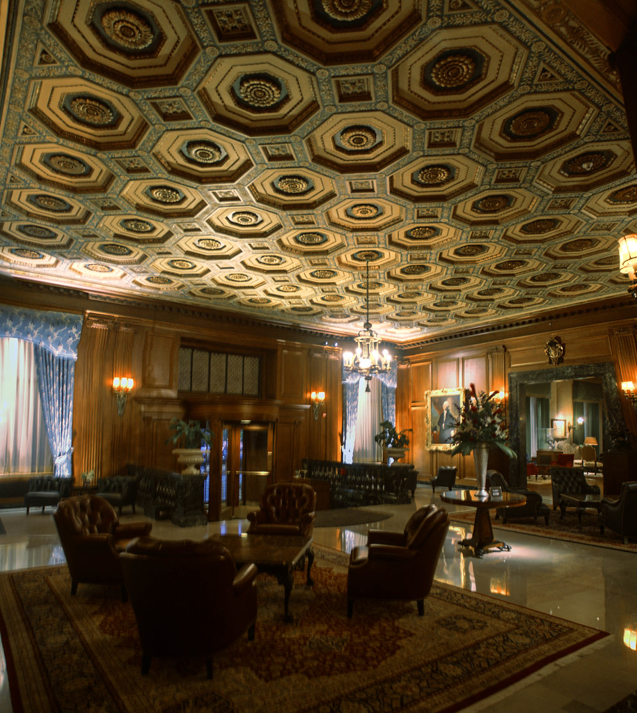 Detroit Athletic Club Lobby The Lavish Interior Of The