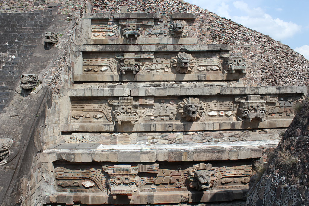 Teotihuacan Citadel Temple Of The Feathered Serpent Flickr