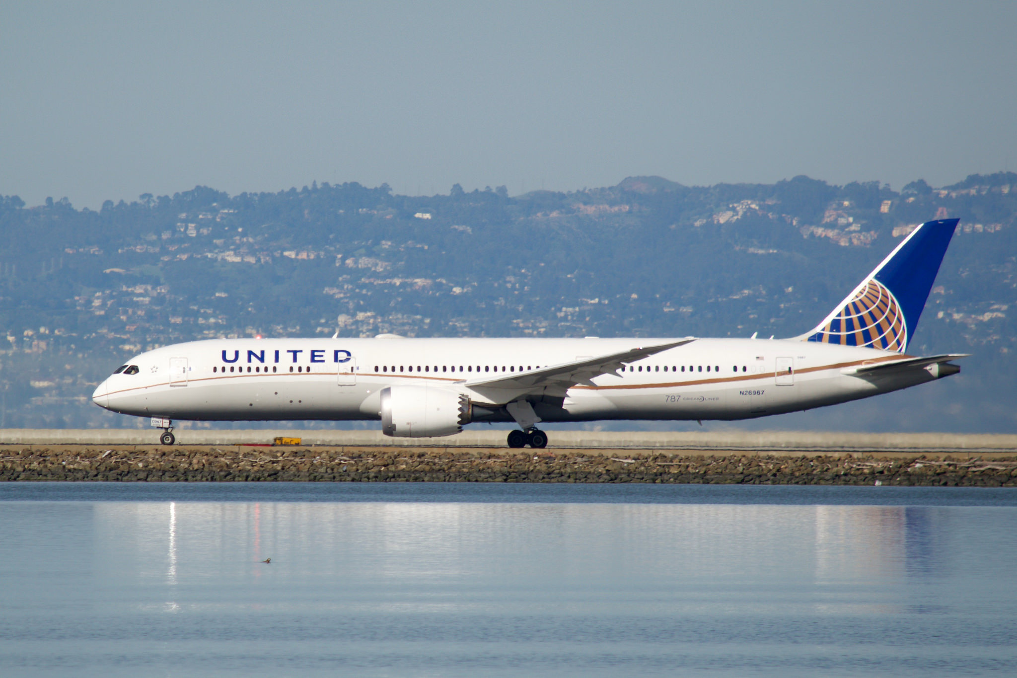 Mystery Surrounding New Boeing 787-9 Order from United ...