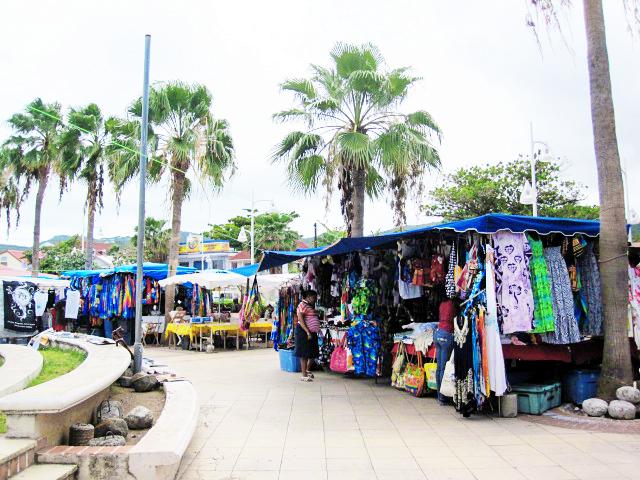 Vendors at Marigot Market