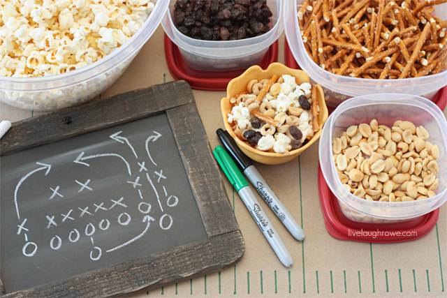 Hosting a Super Bowl party? How about a healthy Popcorn Bar for the kiddos?