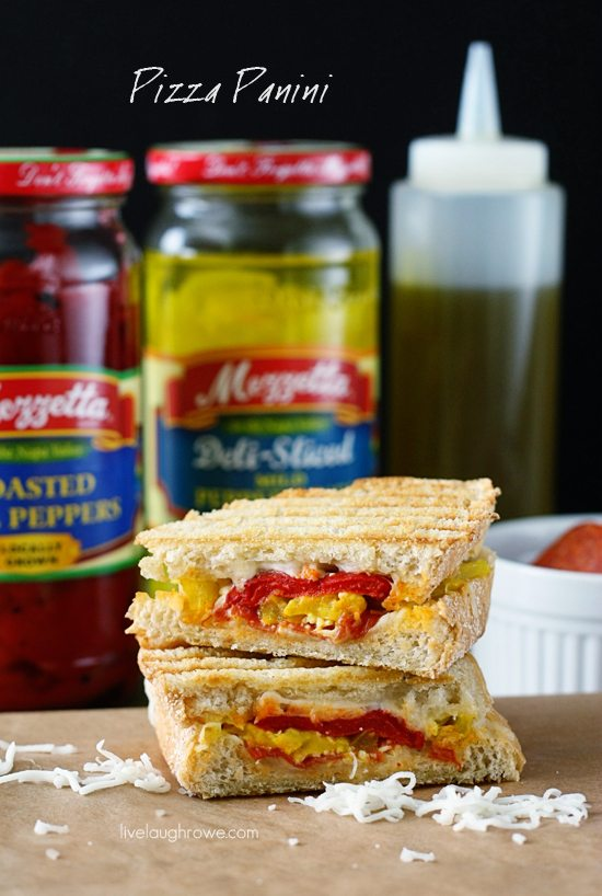 Pizza and Paninis meet face to face! This Pizzs Panini recipe is packed with flavor. Recipe at livelaughrowe.com
