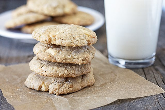 Let's sweeten your day with this cookie recipe that's made with simple pantry ingredients you already have on hand! Easy White Chocolate Drop Cookies.  www.livelaughrowe.com #cookies #weightwatchers #dessert