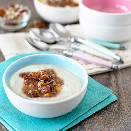 Delicious Praline Sauce Recipe -- a great topping for rice pudding or ice cream! Recipe at livelaughrowe.com