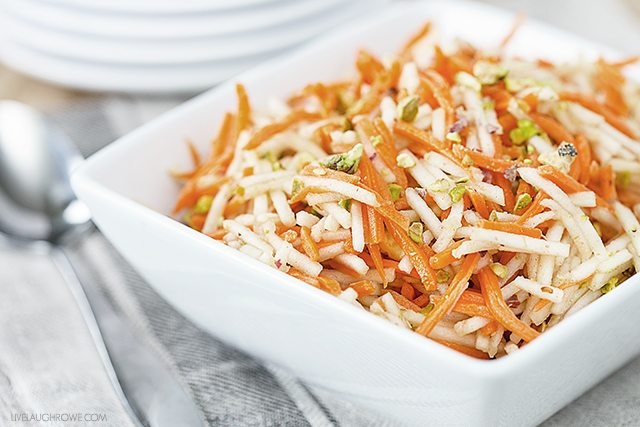 A light and healthy options, this Apple Carrot Salad is a perfect side dish during the warmer weather. Makes a great sandwich dressing too. livelaughtrowe.com