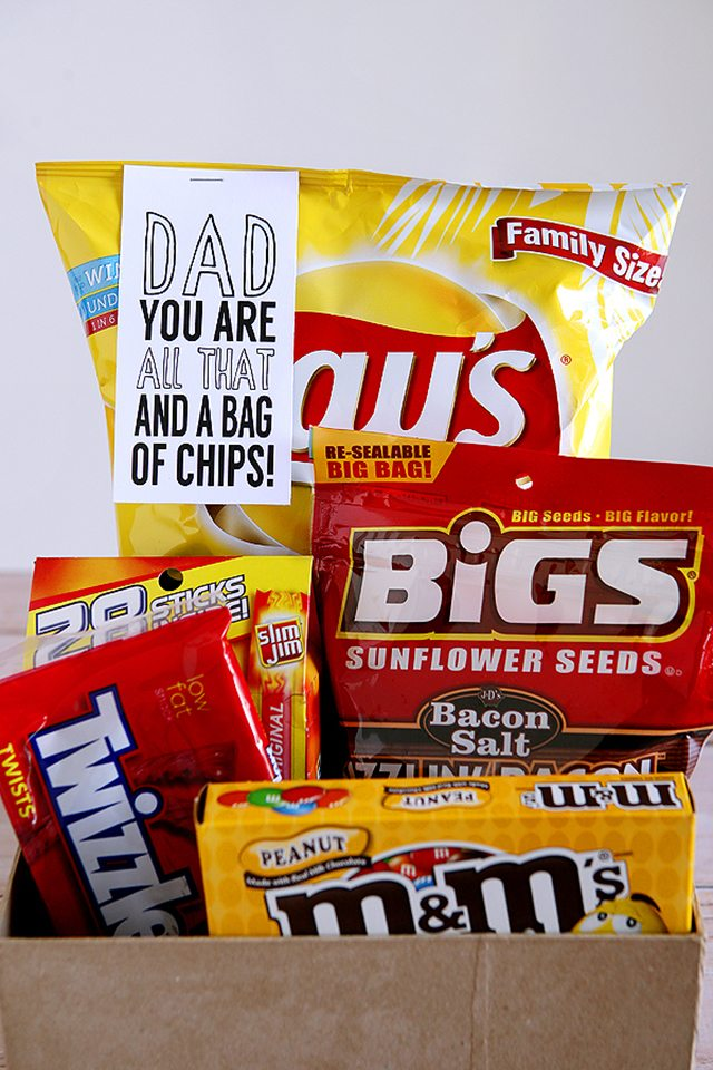 Father's Day BBQ Party Ideas. Father's Day Gift Idea.
