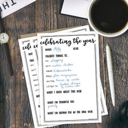 Celebrate the year as it comes to a close with this New Year's Eve Activity! Print them off for all your party guests. livelaughrowe.com