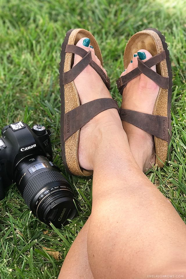 Summer is the time to show off your feet -- so here's a few tricks to help you treat cracked heels and have beautiful, soft feet! livelaughrowe.com
