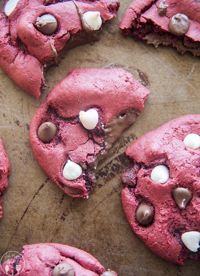 nutella stuffed red velvet cookies 1