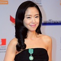 Thumbnail for post: Jeon Do-yeon given French culture award