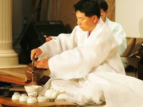 Post image for The Korean Tea Ceremony – A Natural Approach