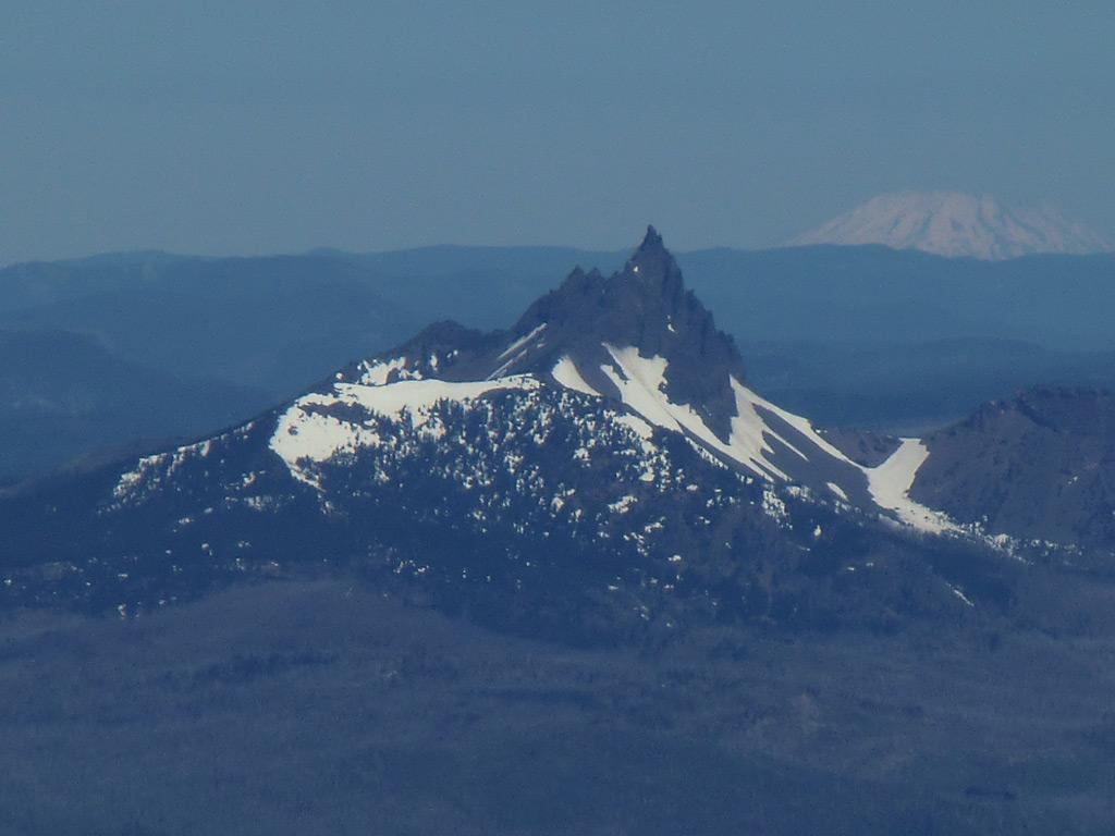 Oregon Cascade Mountain Range
