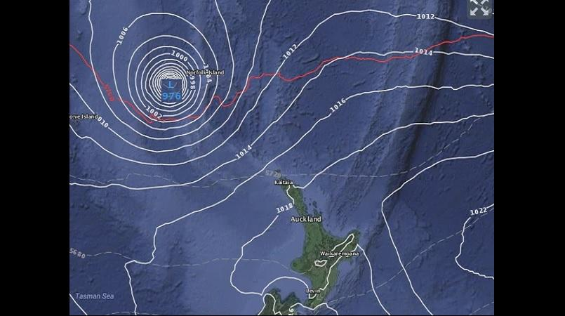 Cyclone fears: New Zealand could face direct hit, warnings ...