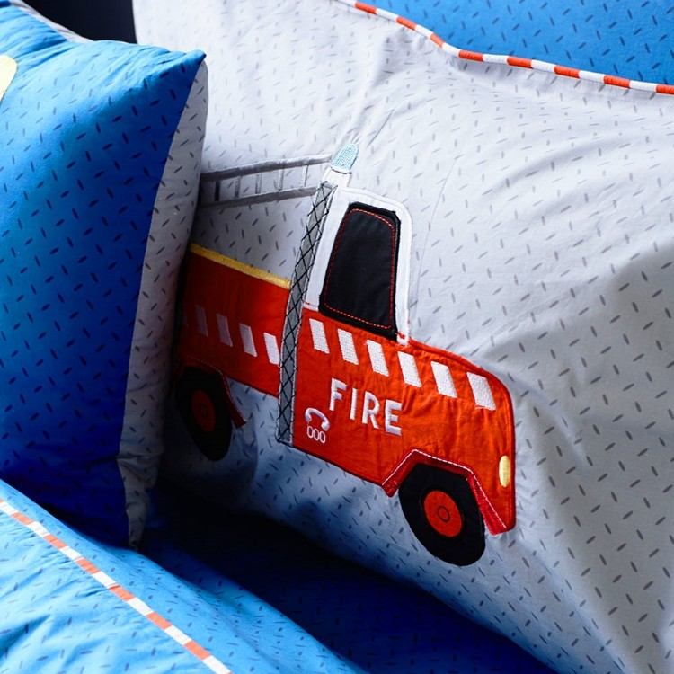 Blanket Home Plush Accents Red Truck