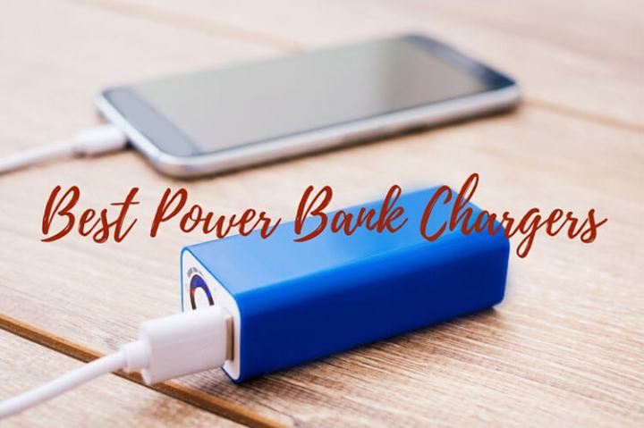 Best Power Banks for Charging Up Your Phone on the Go   Luxe     An iPhone charging with a portable power bank
