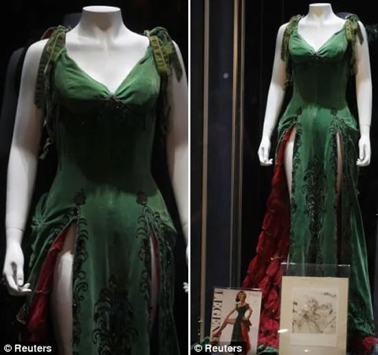 Marilyn Monroe S Green Dress Auctioned Off For Half A Million Dollars