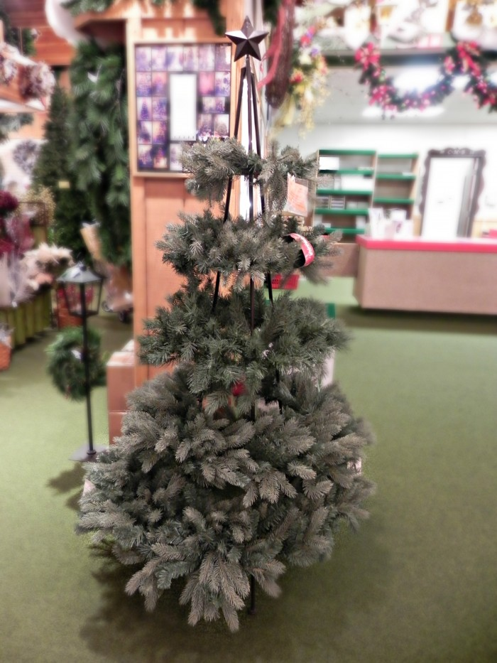 Inspiration from Bronner's: The World's Largest Christmas Store