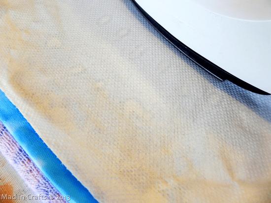 paper-towel-absorbs-wax_thumb