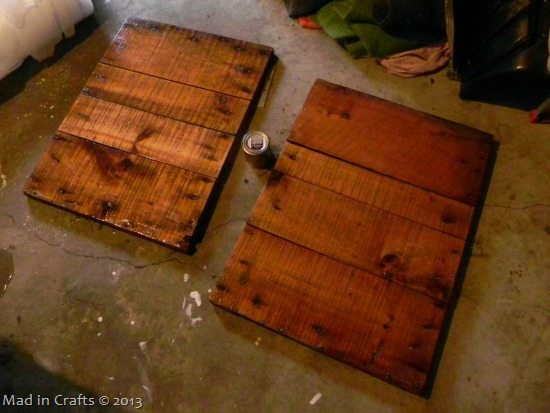 stained-crate-wood_thumb