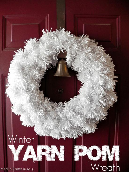 Winter-White-Yarn-Pom-Wreath_thumb1