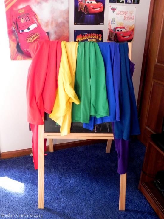 hanging-tshirt-capes_thumb11
