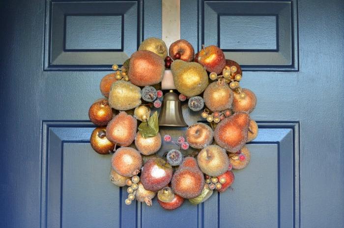 SUGARED FRUIT WREATH FOR FALL