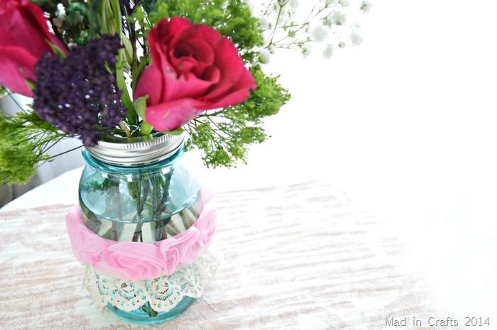 ribbon around mason jar