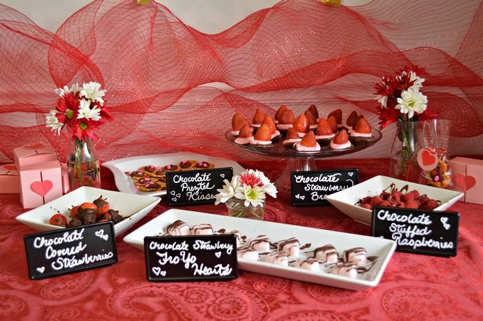 dessert-table-for-vday