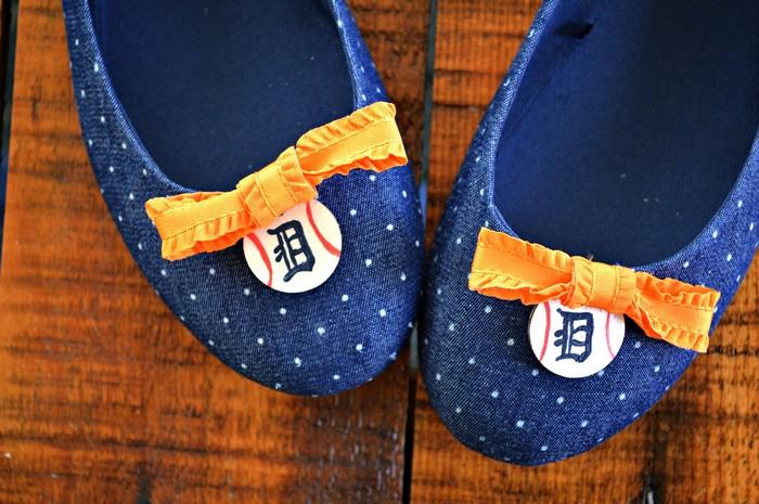 a pair of blue DIY Detroit Tigers shoes